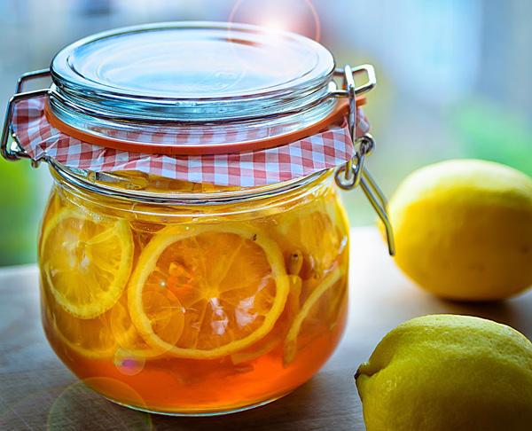 Detox từ chanh và mật ong