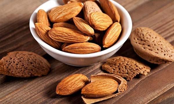 Hạnh nhân là một trong những thực phẩm giúp giảm cân hiệu quả