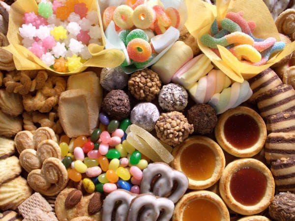 Hạn chế tối đa các thực phẩm chứa nhiều đường