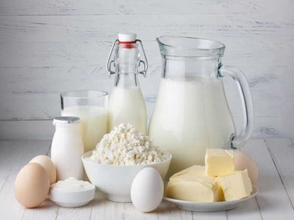 Sữa nguồn cung cấp tuyệt vời các chất protein, canxi, vitamin cho cơ thể