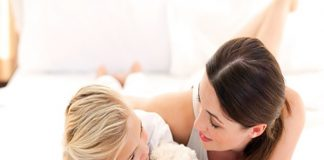 Cha mẹ chuẩn bị tâm lý cho con như thế nào khi bé bắt đầu vào học mầm non?
