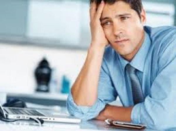 Ngồi nhiều và căng thẳng chính là nguyên nhân dẫn đến béo bụng ở nam giới
