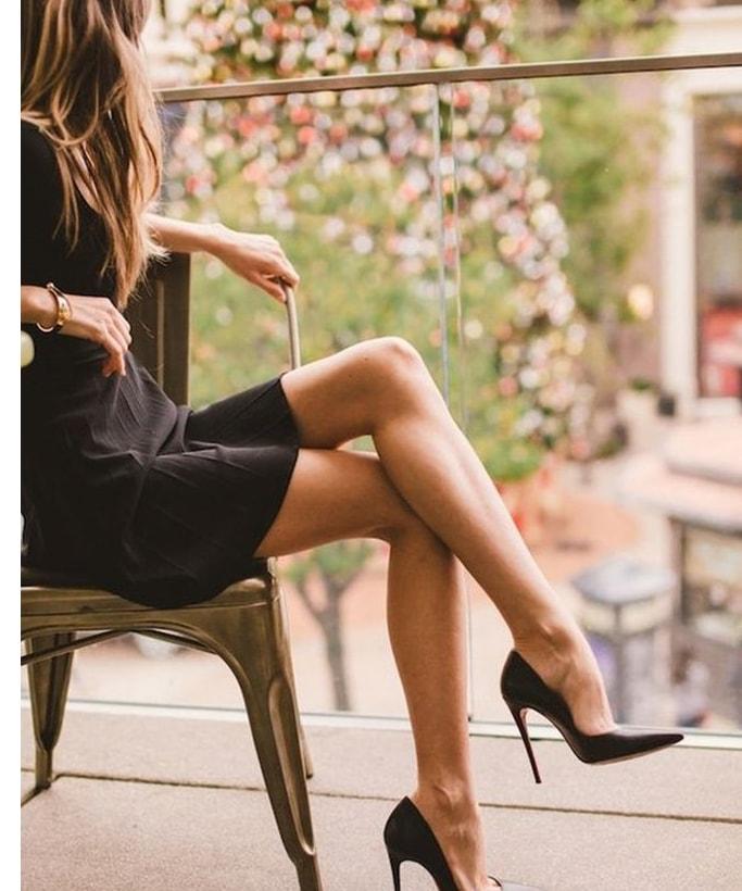 Ngồi khoanh chân cũng có thể gây béo đùi